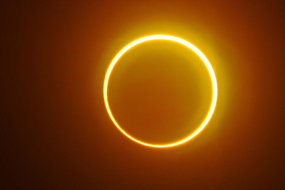 https://astrologelvan.com/wp-content/uploads/2020/06/21-Haziran-Yengeç-Burcunda-Gerçekleşecek-Güneş-Tutulmasının-Burçlara-Etkileri.jpg